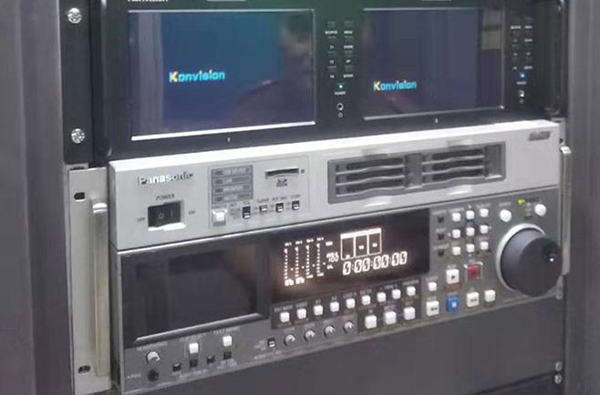 康维讯4K案例,武汉市台4K演播厅