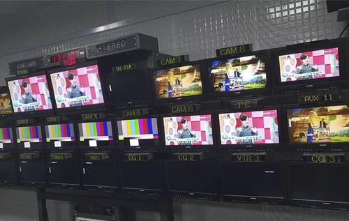 某台采购42套技监级调色监视器