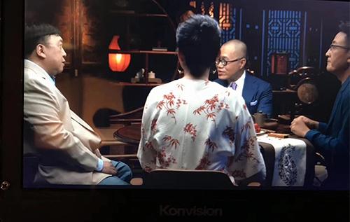 著名电视节目锵锵三人行制作现场